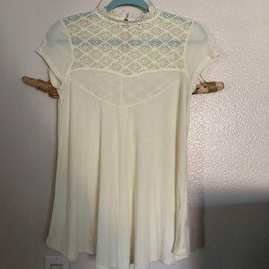 Tops - Lace neck flowy blouse